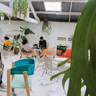 Foto 7 - Interior di Monday Coffee oleh Kuliner Addict Bandung