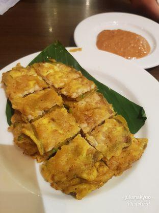 Foto 1 - Makanan(Tempe mendoan) di Kafe Betawi oleh Juliana Kyoo