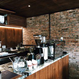 Foto 9 - Interior di Little League Coffee Bar oleh Della Ayu