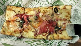 Foto 5 - Makanan(The Traditional) di Quiznos oleh YSfoodspottings