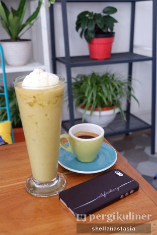 Foto 5 - Makanan(Avocado Coffee Ice Cream) di Two Elements oleh Shella Anastasia