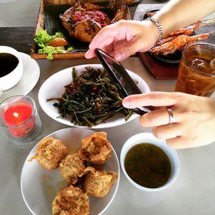 Foto 3 - Makanan di Talaga Sampireun oleh Wewe Coco