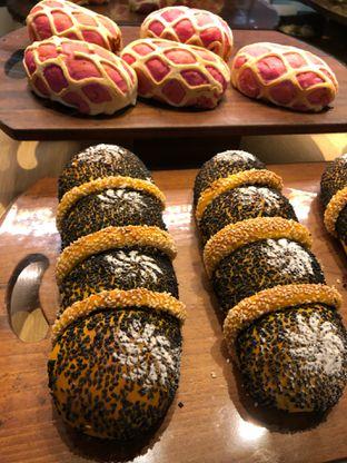 Foto 3 - Makanan di Francis Artisan Bakery oleh Mitha Komala