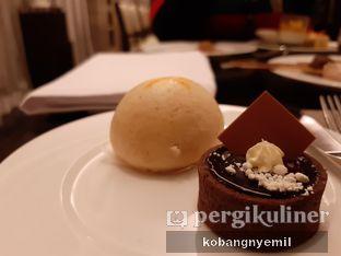 Foto 3 - Makanan di Spectrum - Fairmont Jakarta oleh kobangnyemil .