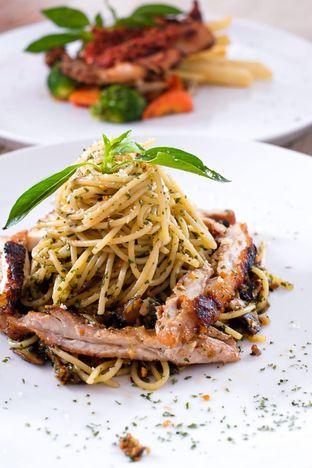 Foto 4 - Makanan di Cecemuwe Cafe and Space oleh Duolaparr