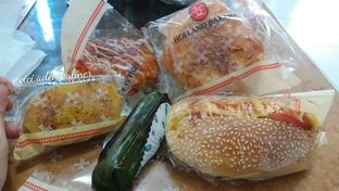 Foto 1 - Makanan di Holland Bakery oleh Jenny (@cici.adek.kuliner)