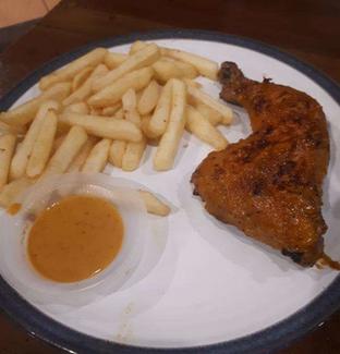 Foto 2 - Makanan di Ayam Pedos oleh @semangkukbakso