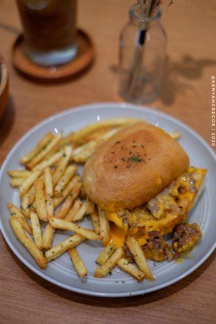 Foto 4 - Makanan di Bukan Ruang oleh Vionna & Tommy