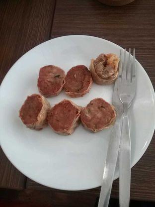 Foto 2 - Makanan(Gohyong) di Dimyltee oleh Joan Kristianti