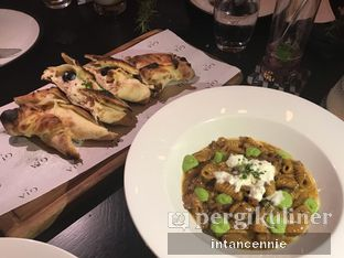Foto 10 - Makanan di Gia Restaurant & Bar oleh bataLKurus