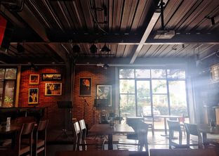 Foto 7 - Interior di Intro Jazz Bistro & Cafe oleh Astrid Huang