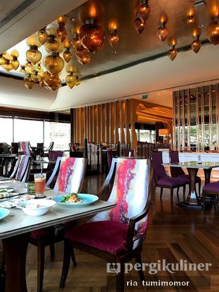 Foto 6 - Interior di Arts Cafe - Raffles Jakarta Hotel oleh riamrt