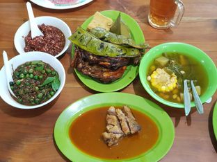 Foto 2 - Makanan di Warung Nasi Ibu Imas oleh Daniel Hendry