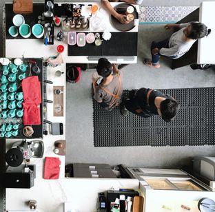 Foto 5 - Interior di Maketh Coffee & Eatery oleh Della Ayu