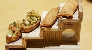 Foto 2 - Makanan di Sushi Hiro oleh Tania Jovani