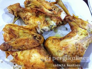 Foto 3 - Makanan di Ayam Goreng Berkah oleh Sidarta Buntoro