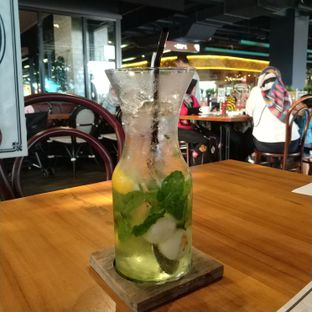 Foto 3 - Makanan(Lychee mojito) di Justus Steakhouse oleh Rizka amalia