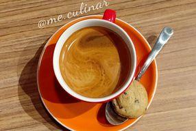 Foto Asymmetric Games & Coffee