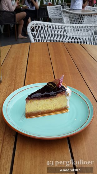 Foto review Royale Bakery Cafe oleh AndaraNila  5