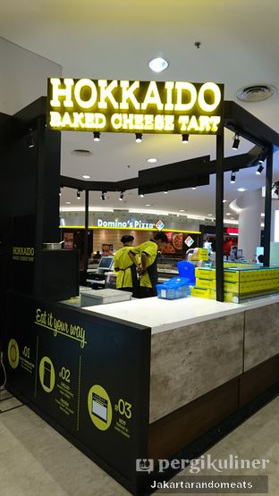 Foto review Hokkaido Baked Cheese Tart oleh Jakartarandomeats 3