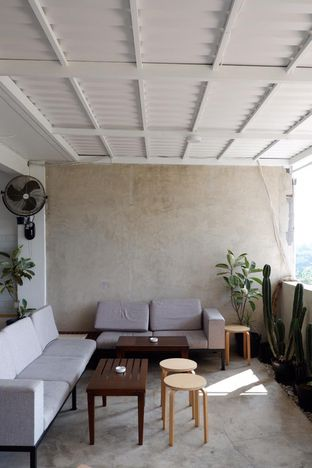 Foto 7 - Interior di Hafa Coffee & Kitchen oleh yudistira ishak abrar
