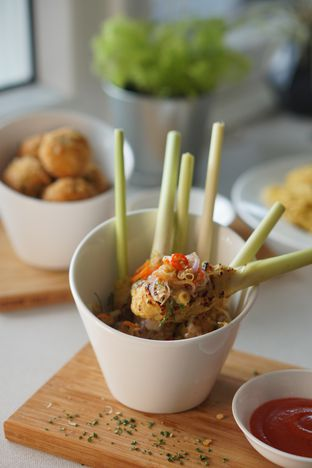 Foto 5 - Makanan di Oiio Bistro oleh Nanakoot