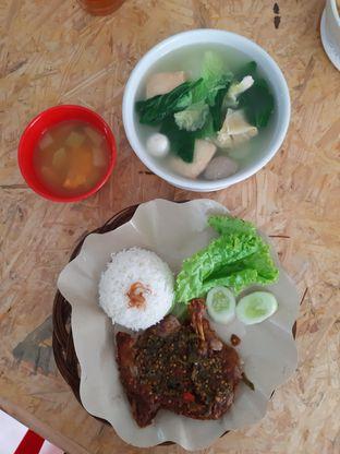 Foto 2 - Makanan di Bebek Empuk oleh Cindy Y