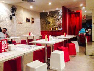Foto 4 - Interior di Holycow! STEAKHOUSE by Chef Afit oleh Annisa Putri Nur Bahri