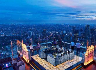 4 Restoran Sky Dining Jakarta Buat Dinner Romantis