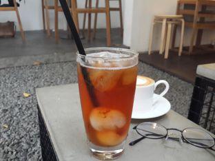 Foto - Makanan(Iced Lychee Tea) di Kopi Manyar oleh Stella Maris