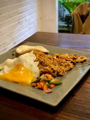 Foto 1 - Makanan(911 Fried Rice) di 911 Coffee Roastery oleh Fadhlur Rohman