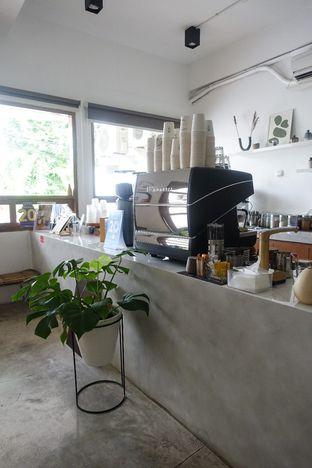 Foto 5 - Interior di Moro Coffee, Bread and Else oleh inggie @makandll