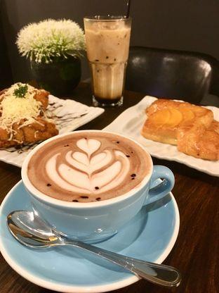 Foto 25 - Makanan di The Gade Coffee & Gold oleh Prido ZH