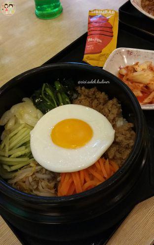 Foto 1 - Makanan(Dolsot bimbimbab) di Mujigae oleh Jenny (@cici.adek.kuliner)