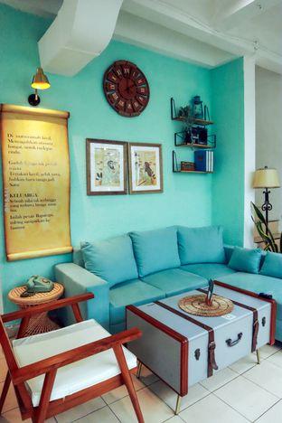 Foto 8 - Interior di Baparapi Kopi oleh @christianlyonal