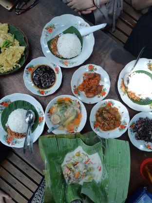 Foto 1 - Makanan di Warung MJS oleh Janice Agatha