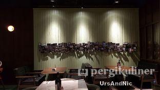 Foto 7 - Interior di FLYNN Dine & Bar oleh UrsAndNic