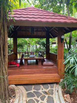 Foto 14 - Interior di Taman Santap Rumah Kayu oleh Jeljel