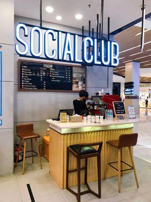 Foto review Social Club oleh yudistira ishak abrar 5