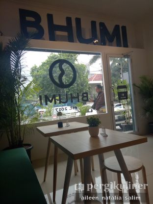 Foto 3 - Interior di Bhumi Coffee oleh @NonikJajan