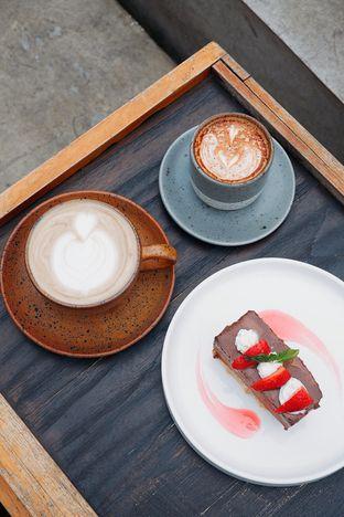 Foto review Titik Temu Coffee oleh yudistira ishak abrar 3