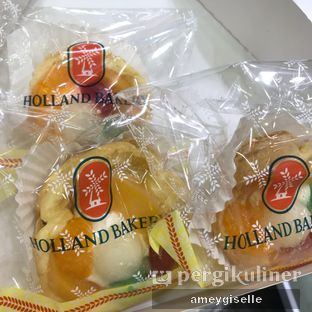 Foto review Holland Bakery oleh Hungry Mommy 3