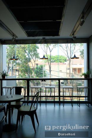 Foto 7 - Interior di Cecemuwe Cafe and Space oleh Darsehsri Handayani