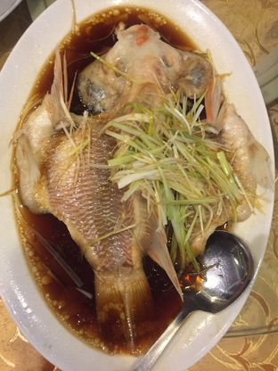Foto 1 - Makanan di The Royal Jade Restaurant oleh @Itsjusterr