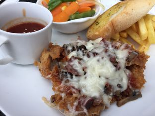 Foto 1 - Makanan di B'Steak Grill & Pancake oleh Yohanacandra (@kulinerkapandiet)