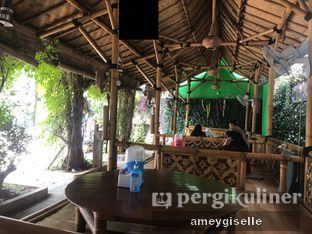 Foto review Saung Bangker Cafe & Resto oleh Hungry Mommy 6