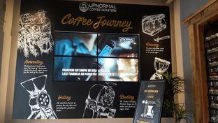 Foto 6 - Interior di Upnormal Coffee Roasters oleh Nadia Indo