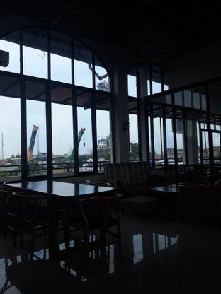 Foto 7 - Interior di Kowok Coffee & Gallery oleh Mouthgasm.jkt