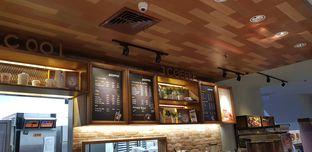 Foto 1 - Interior di J.CO Donuts & Coffee oleh Meri @kamuskenyang