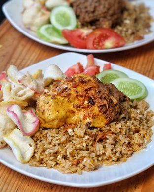 Foto 1 - Makanan(Nasi Goreng Rendang Iga Keju) di Kedai Ndoro Ayu Dewi oleh Marcus Alex
